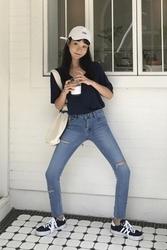 mocobling-韩国时尚魅力破洞韩国代购牛仔裤女装2017年08月09日08月款