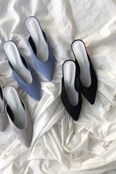 2018新款韩国服装mocobling品牌轻松时尚坡跟高跟鞋(2018.1月)