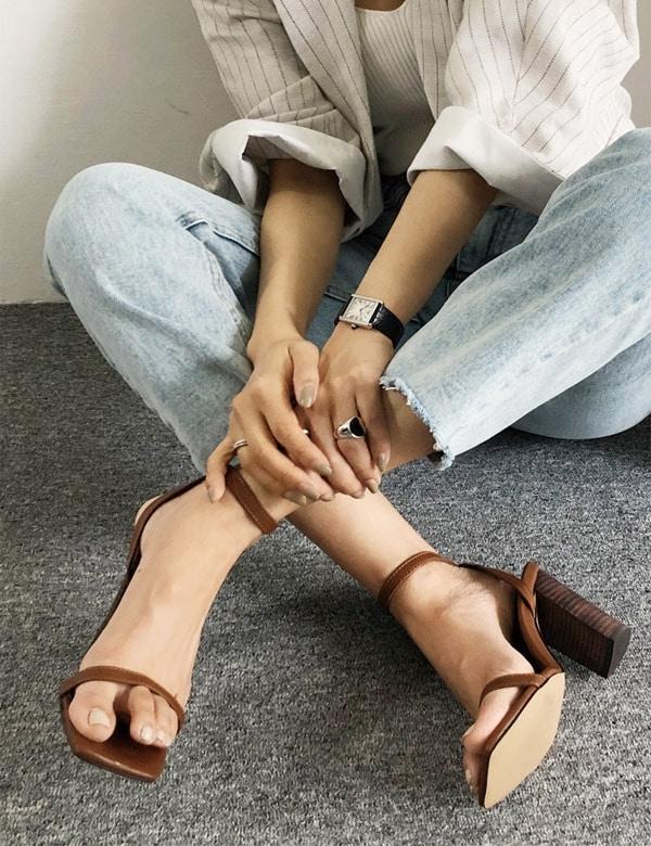 moont-凉鞋[休闲风格]HZ2222091