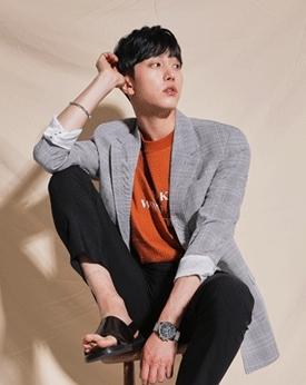 1区韩国本土服装代购(韩国圆通直发)Mutnam-时尚新款格纹西装(本商品是非新品,请联系客服核对再下单哦25上架)