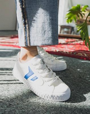 1区韩国本土服装代购(韩国圆通直发)Ontheriver-韩版纯色舒适运动鞋(2018-06-18上架)