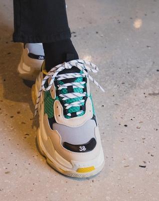 1区韩国本土服装代购(韩国圆通直发)Ontheriver-韩版配色舒适运动鞋(2018-06-18上架)
