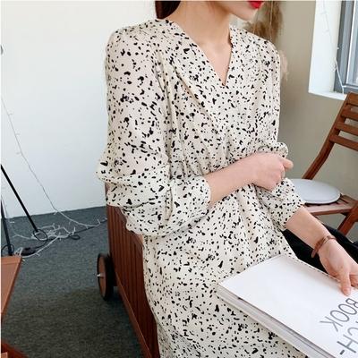 1区韩国本土服装代购(韩国圆通直发)Ontheriver-连衣裙(2019-02-19上架)