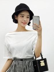 qnigirls-韩国一字领时尚纯色流行韩国代购T恤女装2017年08月07日08月款