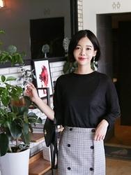qnigirls-韩国纯色休闲个性流行韩国代购T恤女装2017年08月09日08月款