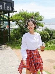 qnigirls-韩国纯色个性流行女性韩国代购T恤女装2017年08月09日08月款