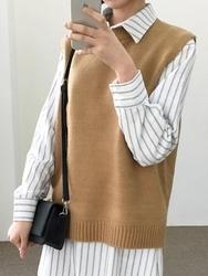 2018新款韩国服装qnigirls品牌时尚魅力保暖毛织马甲(2018.1月)