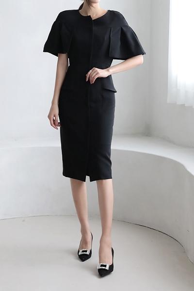 1区100%正宗韩国官网代购(韩国直发包国际运费)sezwick-连衣裙(2020-11-26上架)