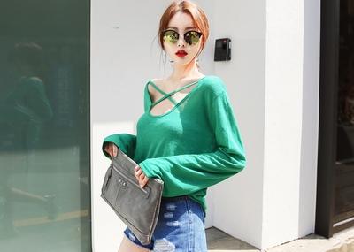 shescoming-个性纯色长袖T恤