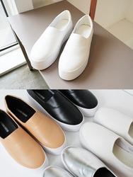 2018新款韩国服装soida品牌韩版时尚高档平底鞋(2018.1月)