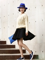 1区韩国代购正品验证ssongbyssong-SGSS00761779-?#21487;?#30334;搭修身喇叭短裙
