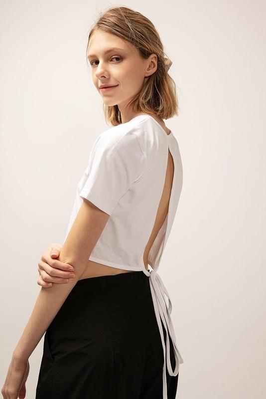 1区100%正宗韩国官网代购(韩国直发包国际运费)storets-T恤(2020-05-25上架)