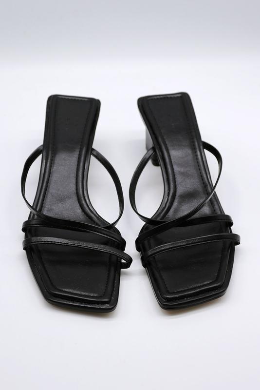 1区100%正宗韩国官网代购(韩国直发包国际运费)storets-高跟鞋(2020-07-16上架)