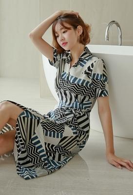 1区韩国本土服装代购(韩国圆通直发)styleberry-时尚个性系带连衣裙(2018-07-07上架)