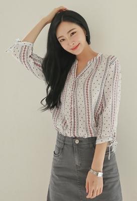 1区韩国本土服装代购(韩国圆通直发)styleberry-时尚舒适七分袖衬衫(2018-07-12上架)