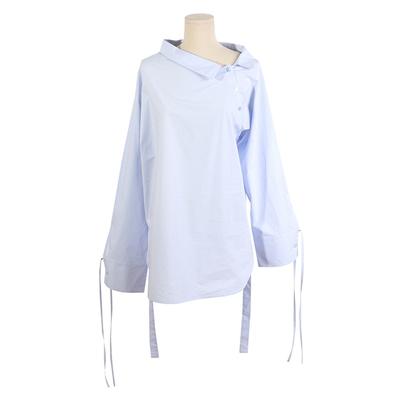 女装衬衫短裙色彩手绘