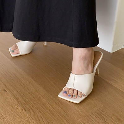 1区100%正宗韩国官网代购(韩国直发包国际运费)stylenanda-凉鞋(2020-07-02上架)