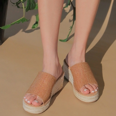 1区100%正宗韩国官网代购(韩国直发包国际运费)stylenanda-拖鞋(2020-07-16上架)