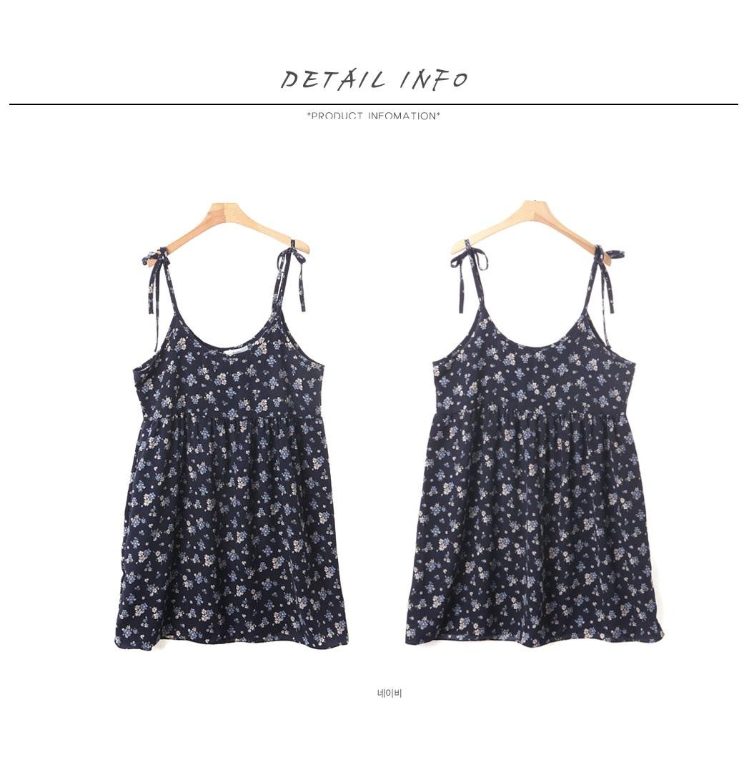 花纹蝴蝶结连衣裙