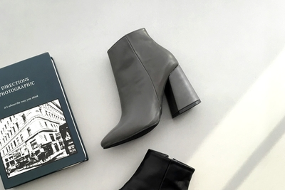 uptownholic-女士高档时尚靓丽靴子