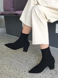 2018新款韩国服装uptownholic品牌韩版魅力高档时尚靴子(2018.1月)