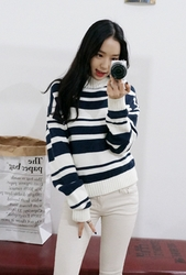 1区韩国代购正品验证whitefox-WFKN00830546-淑女风高档条纹半高领针织衫