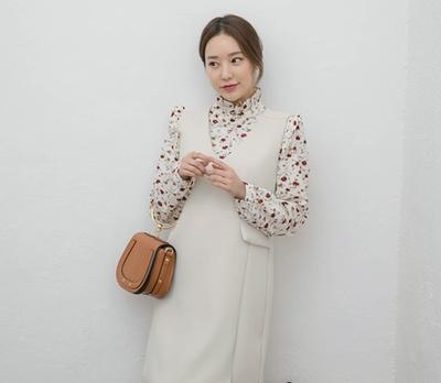 whitefox-V领百搭马甲式连衣裙