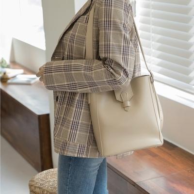 1区韩国本土服装代购(韩国圆通直发)whitefox-单肩包(2018-09-18上架)