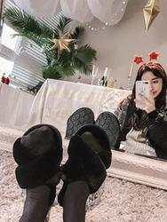 1区2017冬季新款韩国服装yubsshop品牌简单魅力时尚拖鞋(2017.12月)